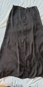 unknown Skirts - A-Line Long silk skirt with buttons